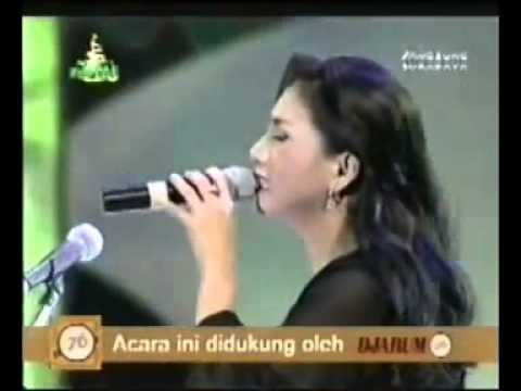 Siti KDI  _ Derita Diatas Derita - Cipt. Rhoma Irama  Live Soneta Group