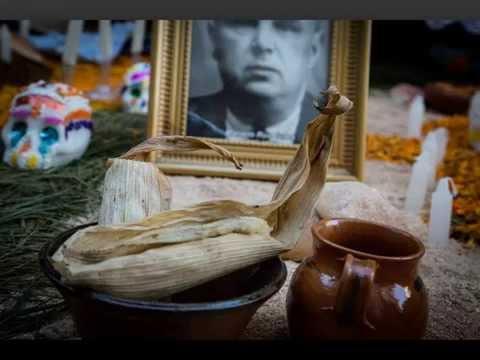 Día de Muertos en Michoacán. Concurso de ALTARES en Uruapan.