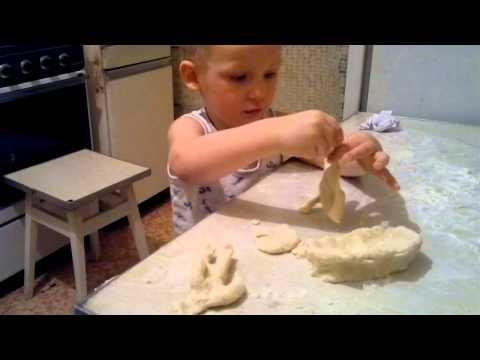 Как сделать из соленого теста динозавра