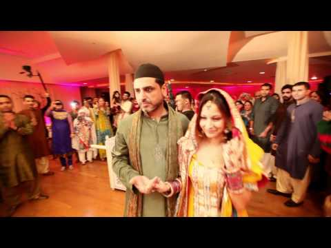Komal & Farhans Mehndi Night Live Pakistani...