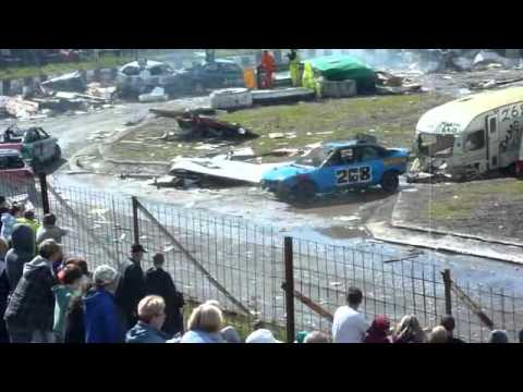 Warton Stock Car Club - Banger Caravan Race 2012