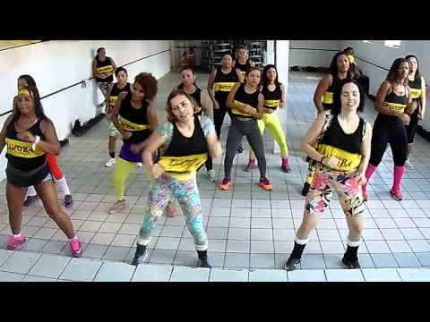 Mueve La Cadera - Zumba Fitness Corpo E Mente Recife video