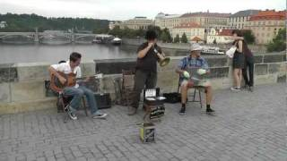 Matěj Ptaszek and his band on Karlův most Praha