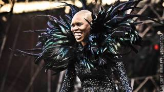 Watch Skunk Anansie Feeling The Itch video