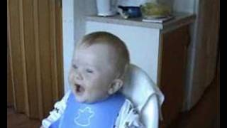 Risada de bebê engraçada