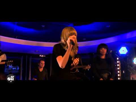 Taylor Swift Private Concert - I Knew You Were Trouble Live video