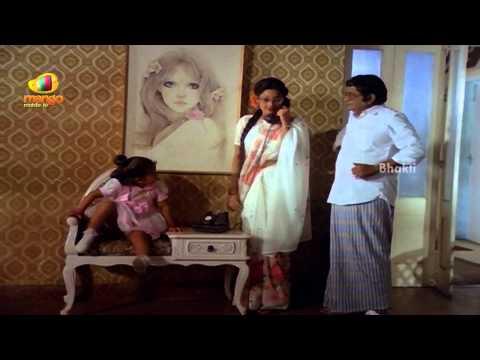 Sindhoora Devi Movie Scenes - Baby Shamili Talking To Her Twin - Vivek, Kanaka video