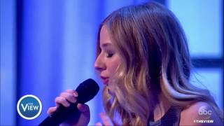 Jackie Evancho Performs