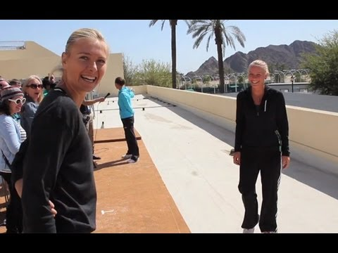 Caroline Wozniacki Prank Fail on Maria Sharapova