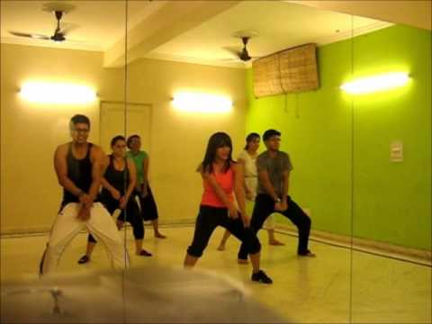 Bollywood Dance Fitness Choreo  on ZNMD SOORAJ KI BAHAN MEIN