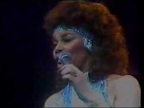 в Millie Jackson в Hold The Line Live In London в 1982 в Toto Classic в