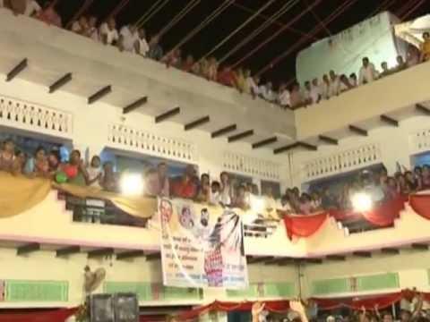 Sadhvi Poornima Ji (poonam Didi) Vrindavan Barsana Samaj Radhaashtmi2012 video