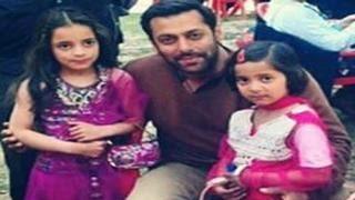 Salman Khan ADOPTS a family in Kashmir during Bajrangi Bhaijaan shoot