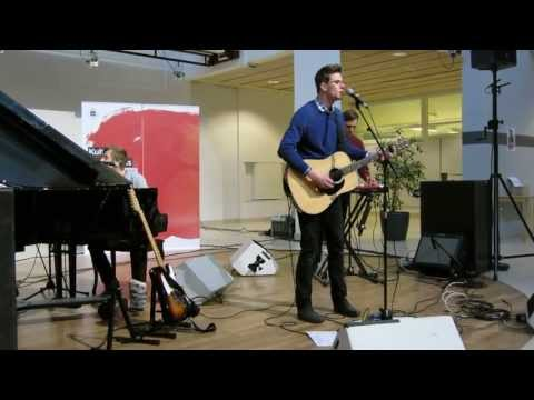 A Lanky Swede - Yellow Lights (Live at The University of Ume&Atilde;&yen;)