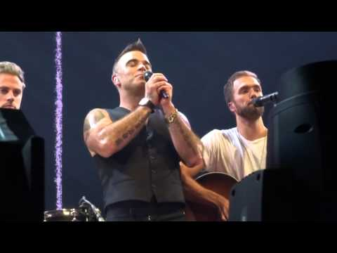 Robbie Williams - The Road To Mandalay - 24/10/15 Melbourne HD FRONT ROW