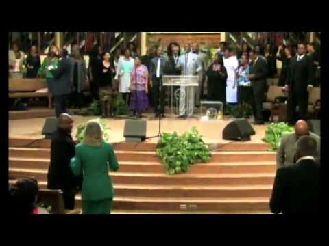 John P. Kee - Turn Around Led by Bro. Jason White @ West Angeles COGIC 05-06-2013)