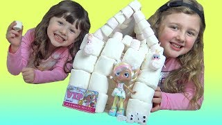Marshmallow FORT FUN Crafts with Squishy Food! with Shopkins Shoppie Toy