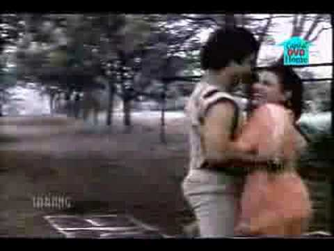 Mere Pyar Ki Umar Ho Itni Sanam video