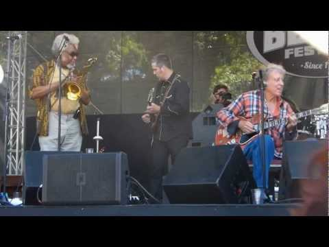 Elvin Bishop with James Cotton at Santa Cruz Blues Fest 2012
