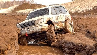 RC Car MUD Racing Challenge — TFL Bronco, Axial Land Cruiser and Hummer H2, Traxxas TRX 4 Sport