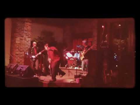 Something HUGE Live at Seville Quarter Cover of Gel by Colletive...