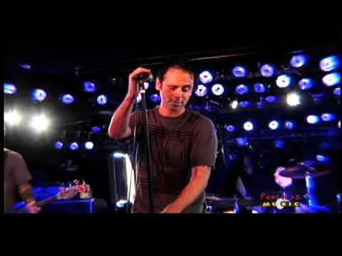 The Bouncing Souls - I Think That The World - Live Video