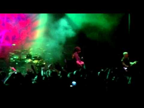 Anthrax- Rio 2012- Earth On Hell/Fight &#039;Em Till You Can&#039;t/Caught in a Mosh