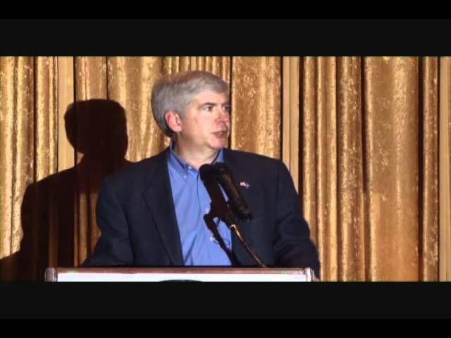 Michigan Governor Rick Snyder speaks at the Chaldean Chamber's awards dinner