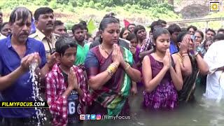 Actress Roja Family Unseen Video Holy Dip At Krishna Pushkaralu Filmyfocuscom
