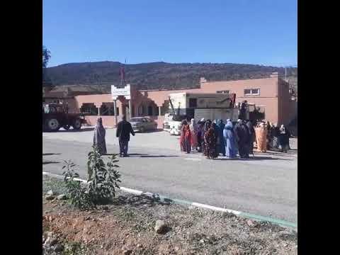 """(فيديو) … نساء قرويات من سيدي إفني يحتجن بسبب """"العطش"""""""