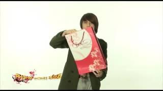 Ảo thuật gia J - Hướng dẫn ảo thuật lấy đồ vật ra từ túi giấy