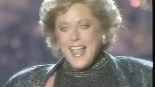 Download Lagu You Don't Own Me - Lesley Gore Gratis STAFABAND