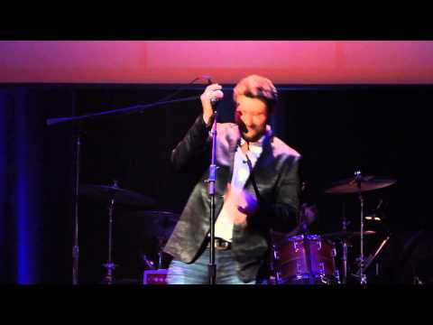 2013 ACM Honors - Chris Young - George Jones Tribute