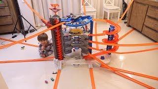 Biggest Hot Wheels Super Ultimate Garage Playset Toy Crazy Cool