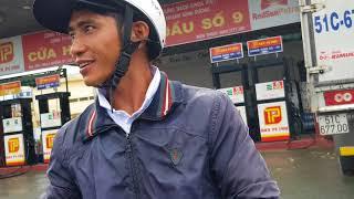 BÌNH DƯƠNG: Tai nạn giao thông, một người đi đường may mắn thoát chết