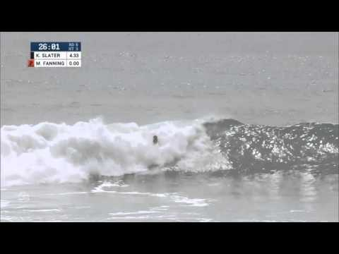 Kelly Slater performs a 540 Varial