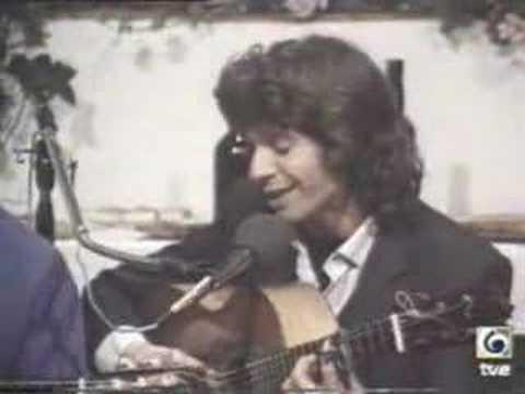 camaron tocando la guitarra en utrera