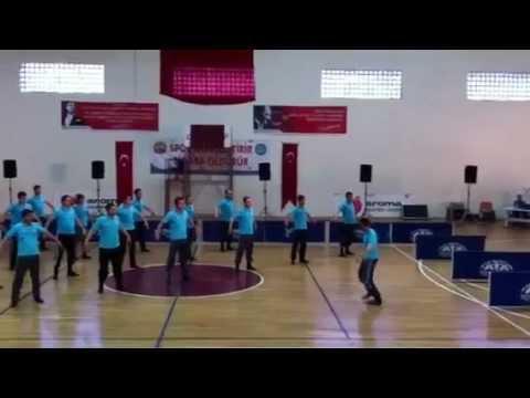 Halil İbrahim Akbunar - Yağar Yağmur Zeybeği Müthiş Yorum Yeni Video 2012