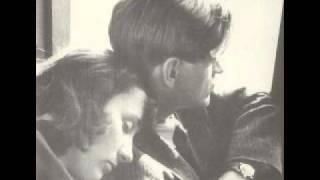 Watch Madrugada 1990 video