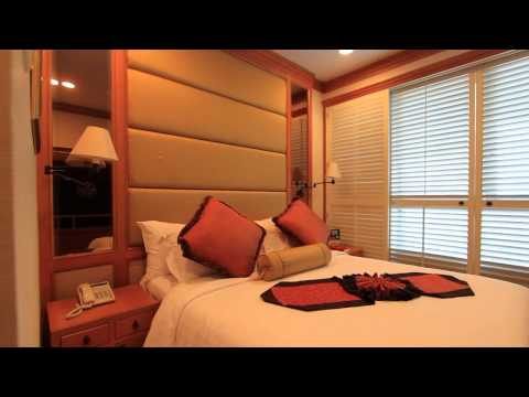 4 Bedroom Apartment for Rent at Center Point Ploenchit PC003944