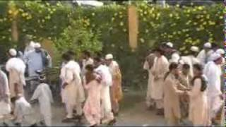 people meeting each other in eid gah after namaz eid.mp4
