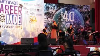 Menunggu Kamu (Anji) - performance by Herra Clara Ross for MyCareer Carnival 2018 at Politeknik Kota