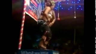 টাকা দিলেয় দুদ টিপতে দিচ্ছ Part 2 New Bangla Hot Jatra Dance 2016