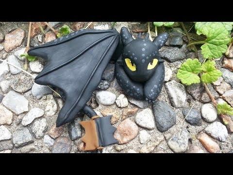 Toothless Night Fury Dragon Charm Polymer Clay Tutorial / Arcilla Polimérica