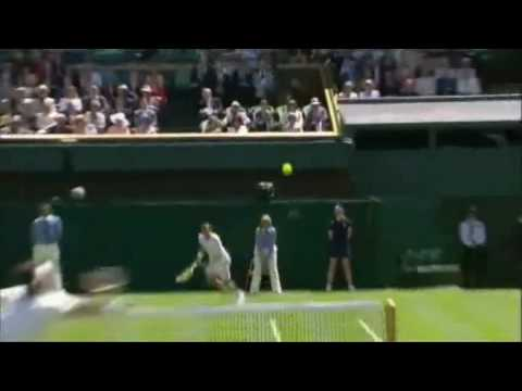 GRF : Roger Federer  Moments --- Funny at Wimbledon 2008