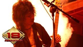 download lagu Slank - Virus Live Konser Malang 27 November 2005 gratis
