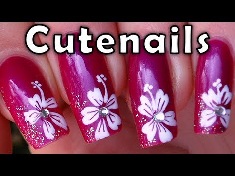 Hibiscus flower with nail polish by Cute Nails