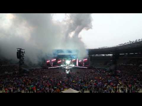 One Direction- Intro+midnight Memories Turin 6.7.2014 Wwa video