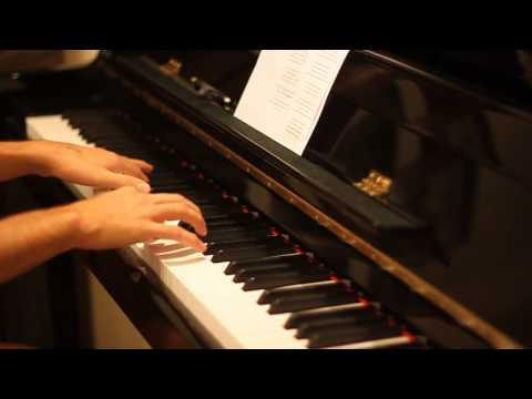 Rihanna- Diamonds (piano Cover) video