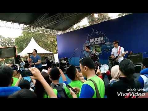 download lagu Bagindas - 100% Cintaku  Live TMII JAKAR gratis